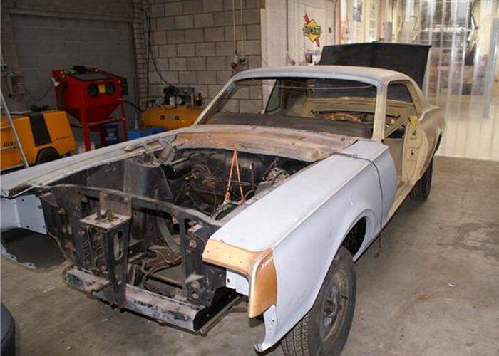 Ford Mercury Cougar XR7
