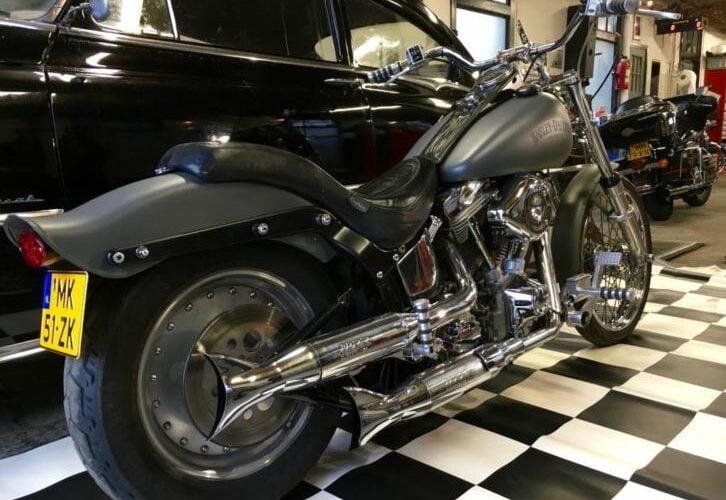 Harley-Davidson FXSTC Custom