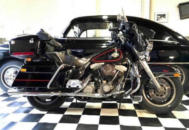 Harley-Davidson Tour FLHTC Electra Glide Classic