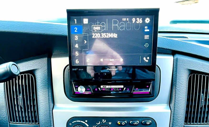 Te koop: Dodge Ram SRT10 V10 Viper metallic zwart achteruitrijcamera
