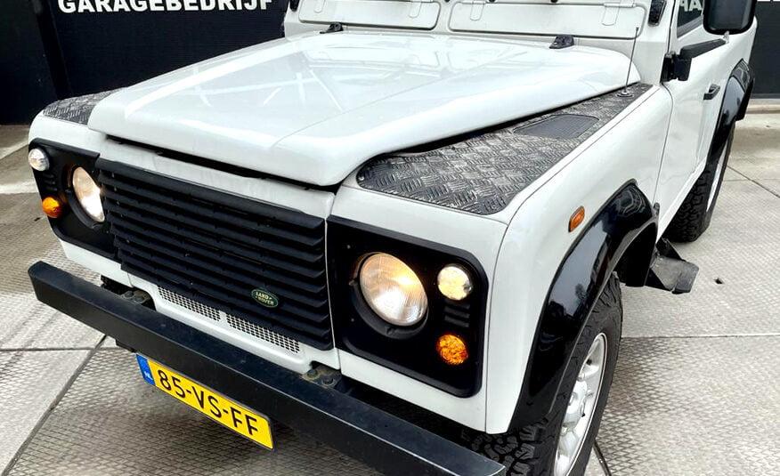 2000 Land Rover Defender 90