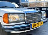 Mercedes 230C 1979 Coupe grill koplampen