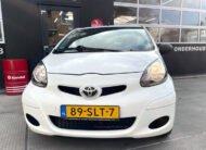 Witte Toyota Aygo 1.0