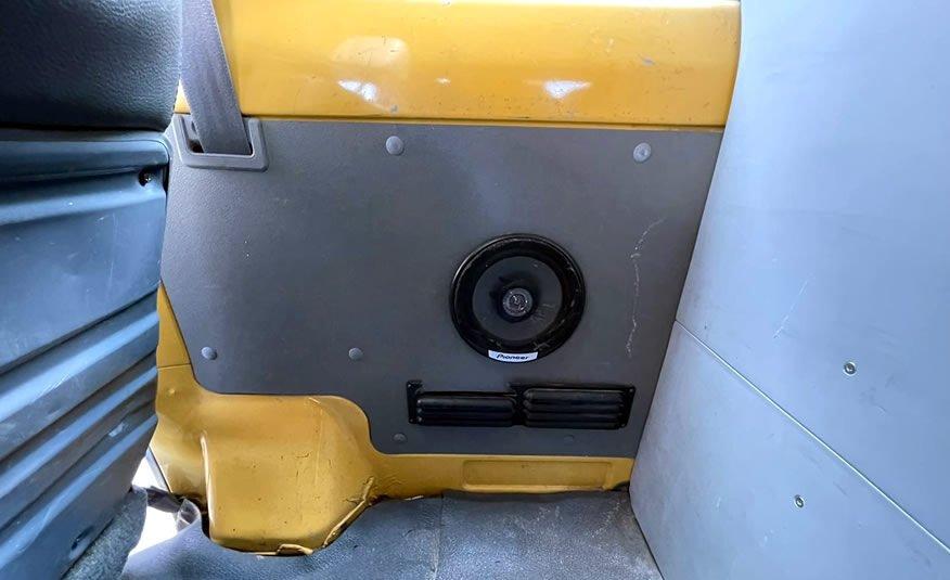 Te koop Toyota Land Cruiser 70 geel grijs kenteken